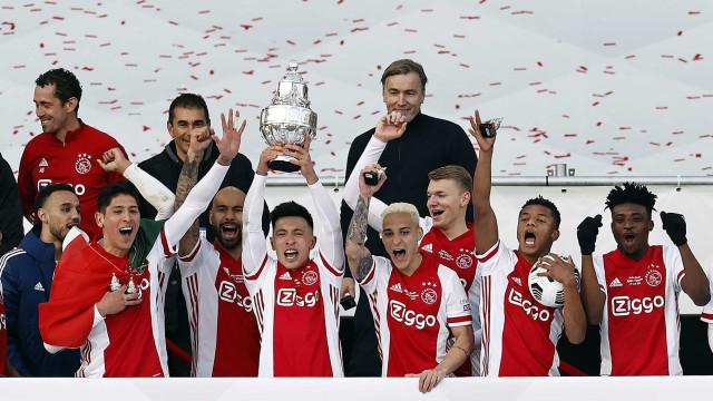 Com gol de David Neres nos acréscimos, Ajax conquista a Copa da Holanda