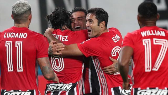 São Paulo faz 3 no Sporting Cristal no Peru em boa estreia na Libertadores