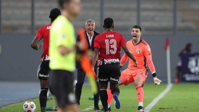 Kaká elogia Crespo e torce por título do São Paulo: 'Que tenha chegado a hora'
