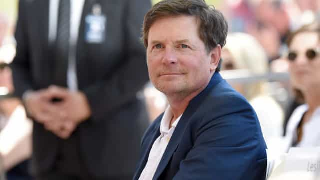 Michael J. Fox diz que revelou Parkinson após sofrer bullying de paparazzi