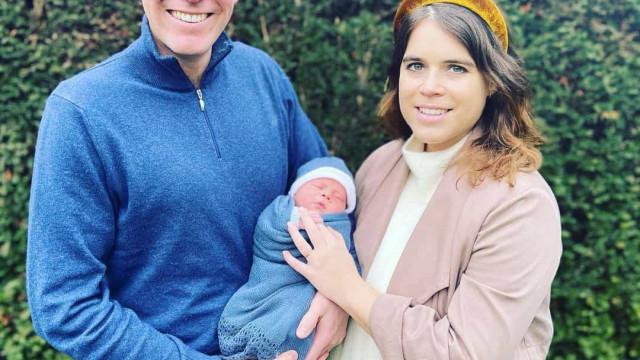 Princesa Eugenie publica primeiro vídeo do filho