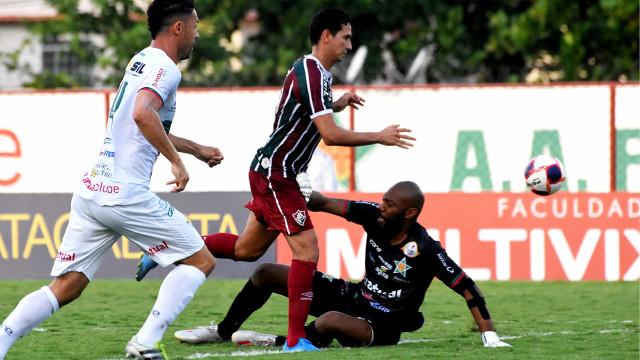 Com reservas, Fluminense joga bem, empata com Portuguesa-RJ e mantém vantagem