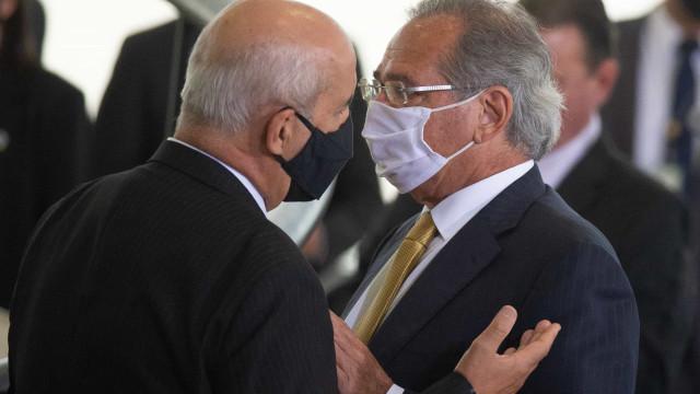 Facebook entrega à CPI da Covid vídeo com declarações polêmicas de Ramos e Guedes