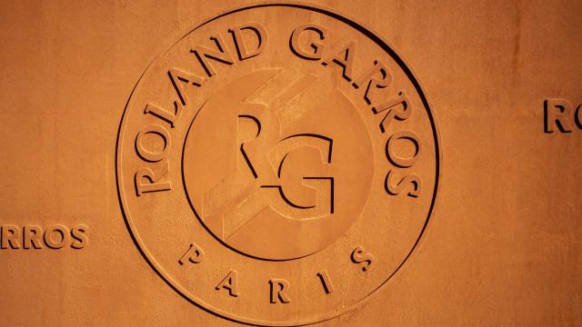 Roland Garros pede teste negativo de covid-19 e terá maior público na 2ª semana