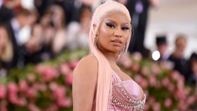 Nicki Minaj quebra silêncio sobre trágica morte do pai após atropelamento