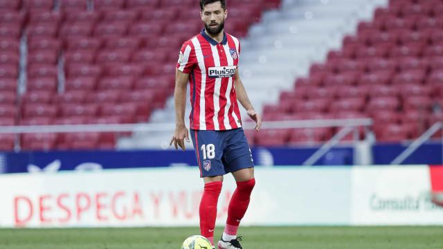 Após lesão de Lucas Verissimo, Tite convoca Felipe para a defesa da seleção