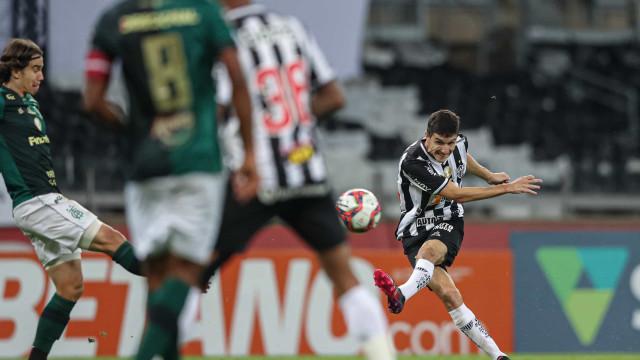 Atlético-MG empata com América-MG e conquista Campeonato Mineiro