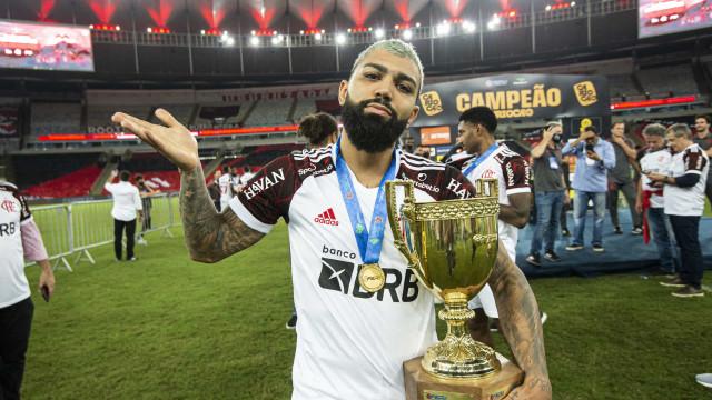 Decisivo, Gabriel vibra com momento e dedica título do Flamengo a MC Kevin