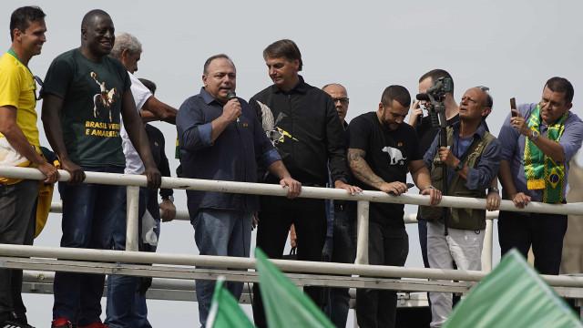 Exército apura ida de Pazuello a ato político