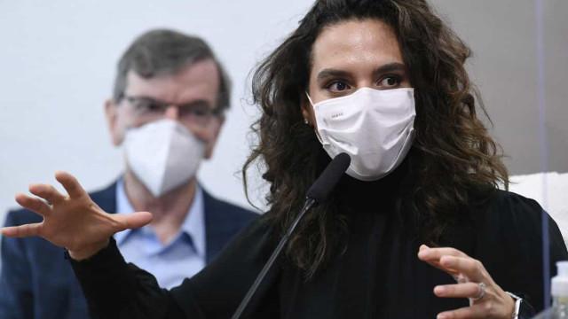 Luana Araújo: Queiroga muda versão sobre recuo e diz que decisão foi dele