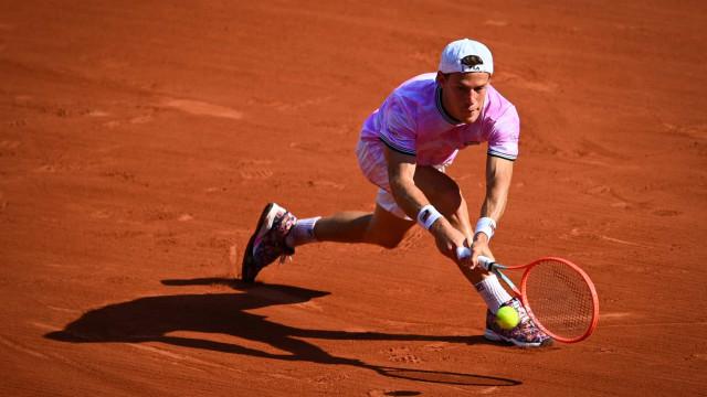 Na busca pelo 21º Grand Slam, Nadal bate argentino e passa às semifinais em Paris