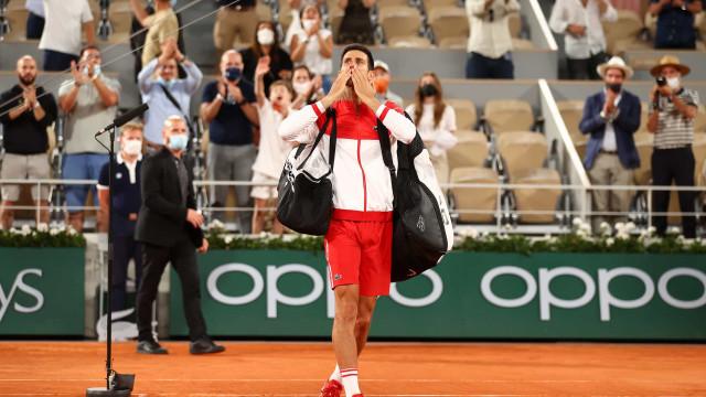 Djokovic impõe a Nadal sua 3ª derrota em Roland Garros