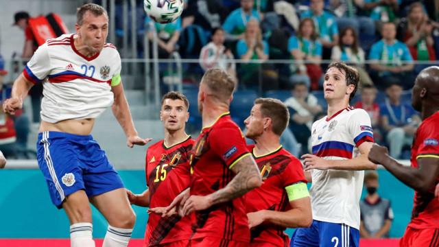 Na estreia da Eurocopa, Bélgica vence fácil a Rússia com dois gols de Lukaku