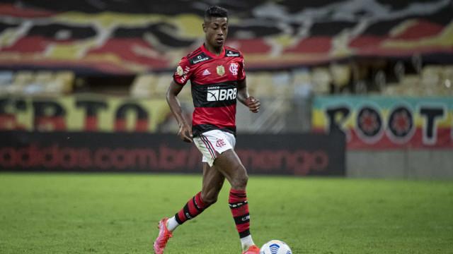 Bruno Henrique comanda vitória do Flamengo sobre o América-MG