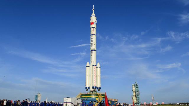 China vai enviar astronautas em 1.ª missão em quase 5 anos