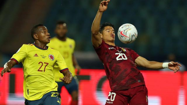 Com brilho de goleiro, Venezuela segura Colômbia pela Copa América