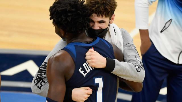 LaMelo Ball e Anthony Edwards lideram seleção de calouros da temporada da NBA