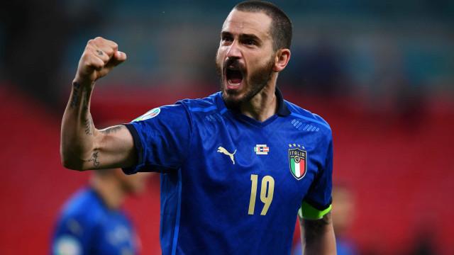 Itália vence Áustria na prorrogação e avança às quartas de final da Eurocopa