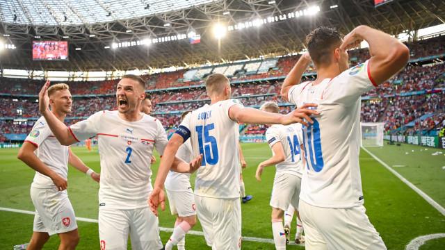 República Checa derruba favorita Holanda e encara a Dinamarca nas quartas da Euro