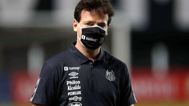 Com dúvidas no ataque, Diniz promete escalar Santos forte contra o Juazeirense