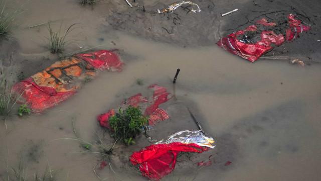 Pandemia transformou rio sagrado em cenário macabro