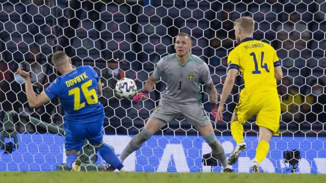 Ucrânia bate a Suécia com gol na prorrogação e avança na Eurocopa