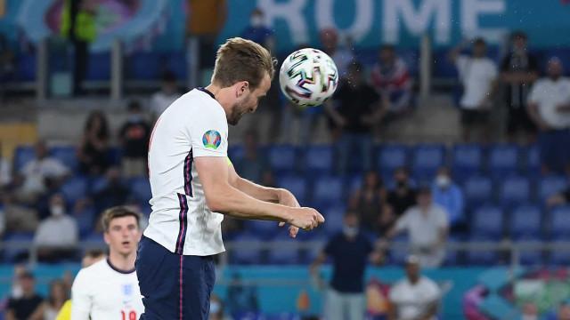 Com dois de Kane, Inglaterra passeia contra Ucrânia e avança à semi da Eurocopa