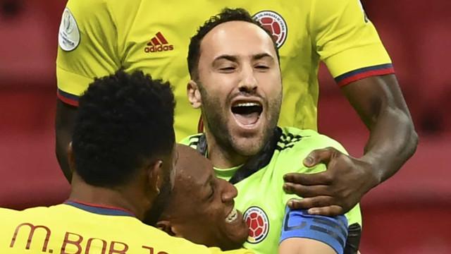 Colômbia bate Uruguai nos pênaltis e é semifinalista da Copa América