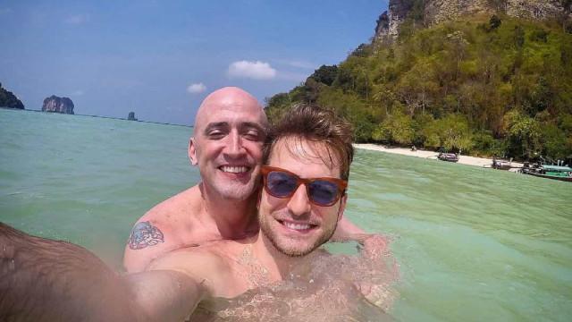 Thales Bretas relembra dois meses da morte de Paulo Gustavo