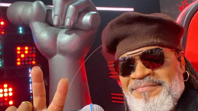 Carlinhos Brown convida eliminados do The Voice Kids para gravar single