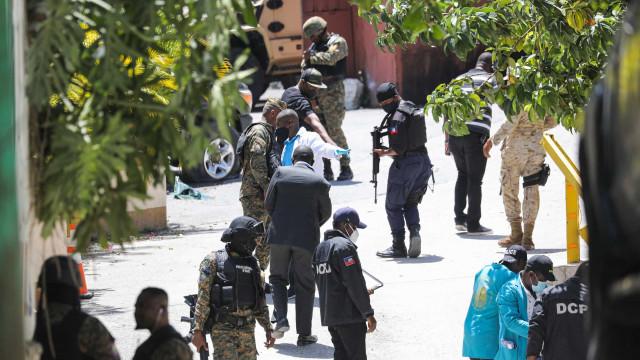 Gangue no Haiti sequestra 17 missionários americanos em Porto Príncipe