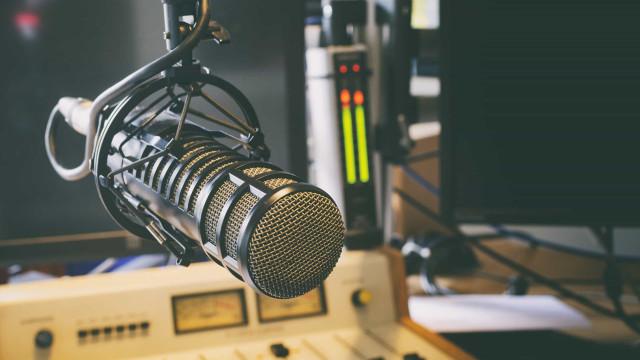 PF fecha três rádios piratas na zona oeste do Rio