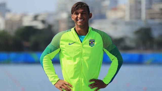 Medalha de ouro na Olimpíada vira obsessão para Isaquias Queiroz