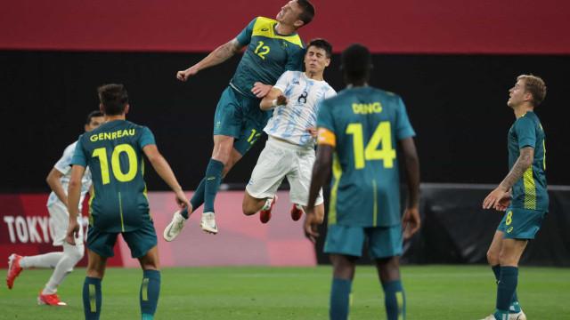 Austrália surpreende e derrota a Argentina no futebol masculino da Olimpíada