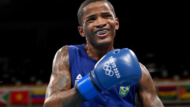 Wanderson de Oliveira vence no boxe e passa para as oitavas de final