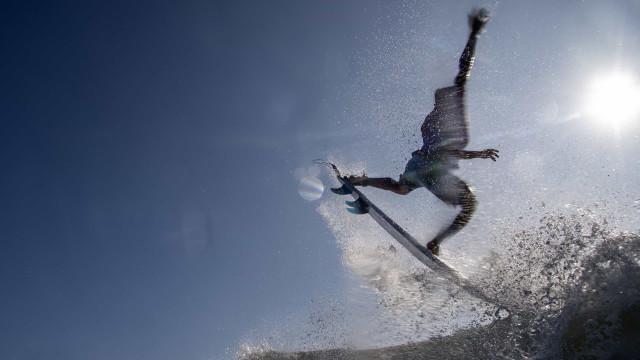 Com Filipinho, Italo ou Medina, Brasil garante mais um título mundial de surfe