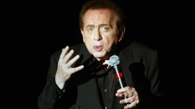 Morre comediante Jackie Mason aos 93 anos