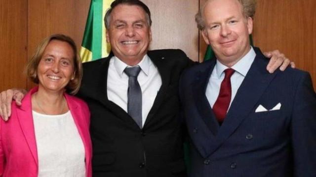 Bolsonaro se reúne com deputada alemã investigada por propagar ideias neonazistas
