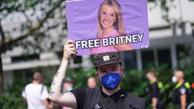 Britney Spears: audiência para remoção da tutela do pai é adiantada