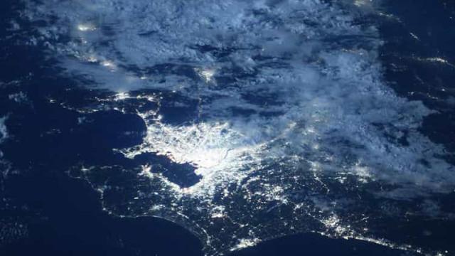 Jogos Olímpicos: NASA compartilha imagem de Tóquio à noite