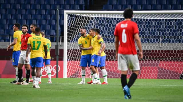 Brasil vence o Egito no futebol masculino e se classifica à semi das Olimpíadas