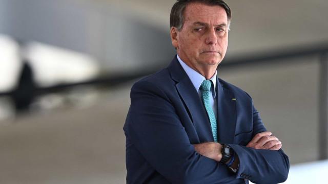 Bolsonaro diz que banho frio 'ajuda o Brasil' a enfrentar crise energética