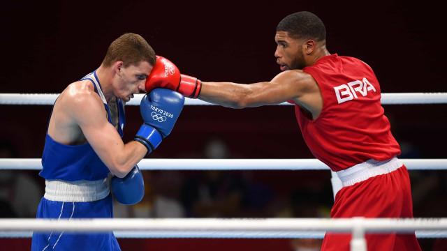 Hebert Conceição vence russo e vai disputar o ouro no boxe