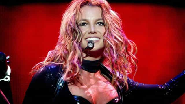 Britney Spears diz que o pai está tentando extorquir dinheiro