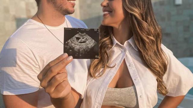 Vivian Amorim anuncia gravidez do primeiro filho