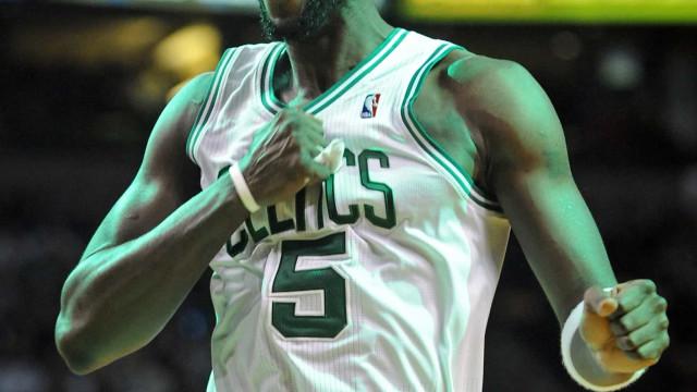 Boston Celtics anuncia que aposentará camisa 5 de Kevin Garnett nesta temporada