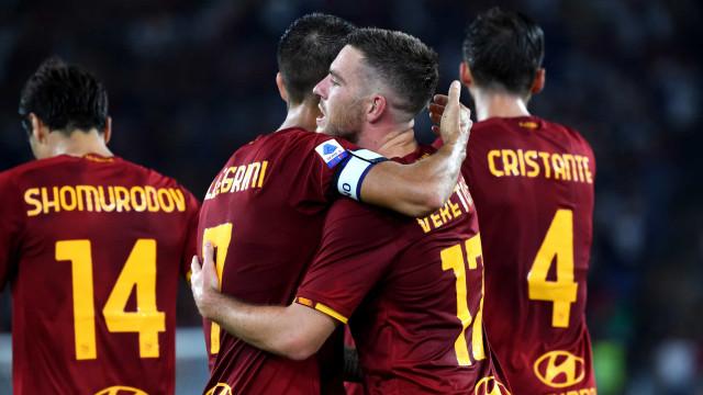 Roma estreia com vitória na volta do bicampeão Mourinho