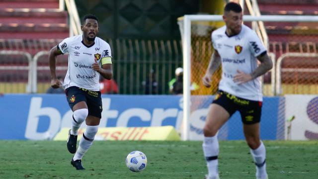 Sport e Chapecoense empatam sem gols e seguem ameaçados pelo rebaixamento