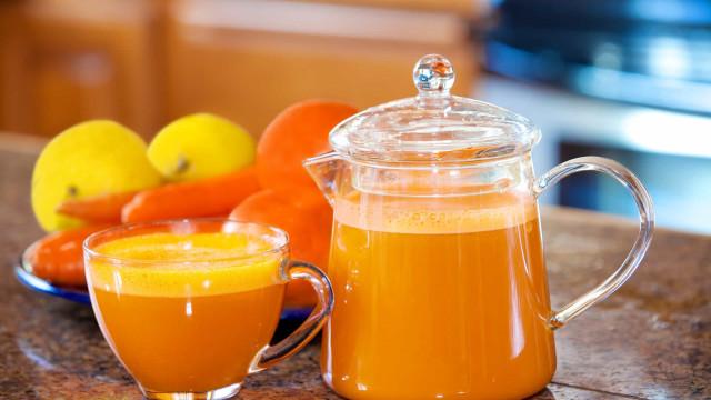 Queime gordura com este suco termogênico de cenoura, laranja e limão