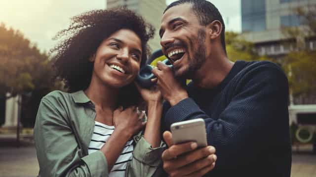 Amizade musical: Spotify quer criar 'playlists' para amigos